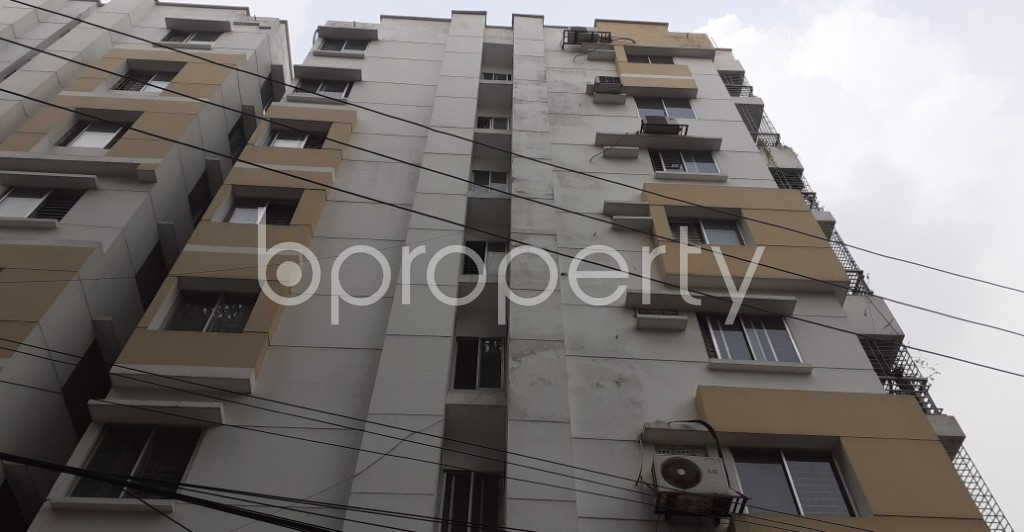 Outside view - 3 Bed Apartment to Rent in Lalmatia, Dhaka - 1930284