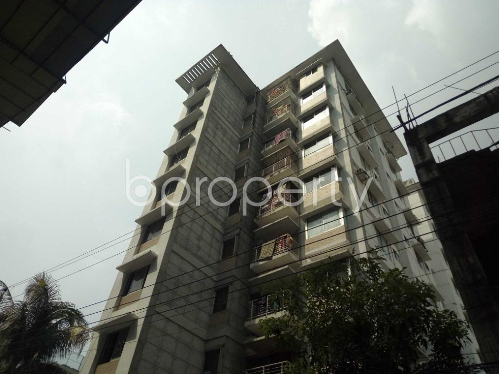 Front view - 3 Bed Apartment to Rent in Bashundhara R-A, Dhaka - 1930316