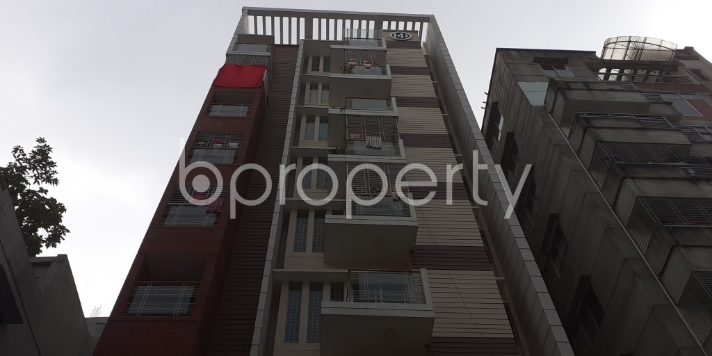 Front view - 3 Bed Apartment to Rent in Bashundhara R-A, Dhaka - 1930553