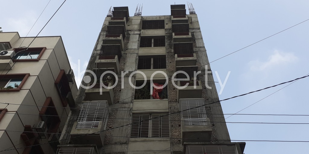 Front view - 3 Bed Apartment to Rent in Bashundhara R-A, Dhaka - 1930556