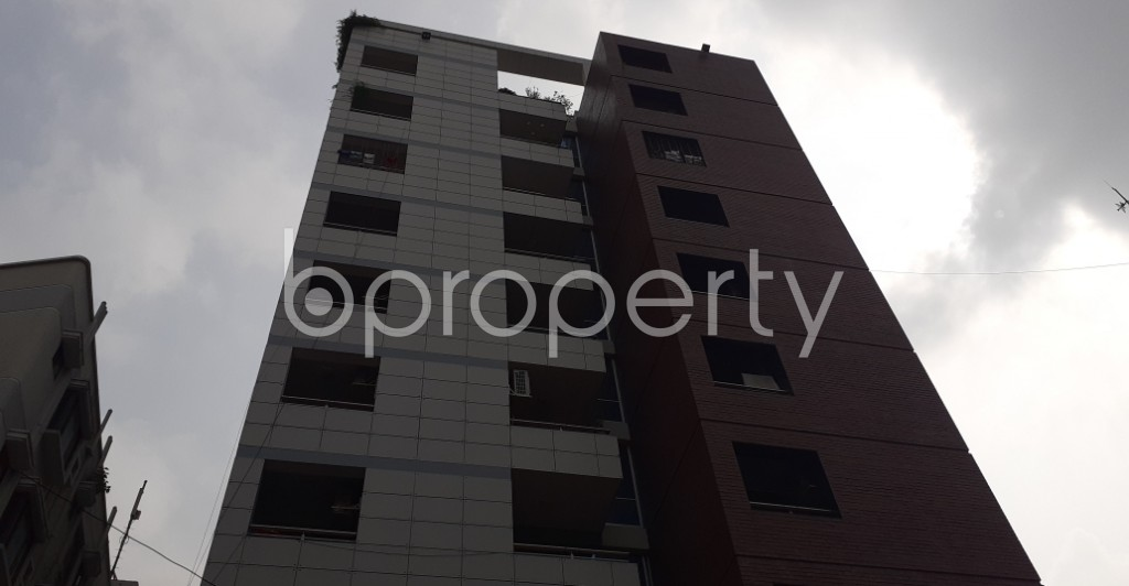 Front view - 4 Bed Apartment to Rent in Dhanmondi, Dhaka - 1930655