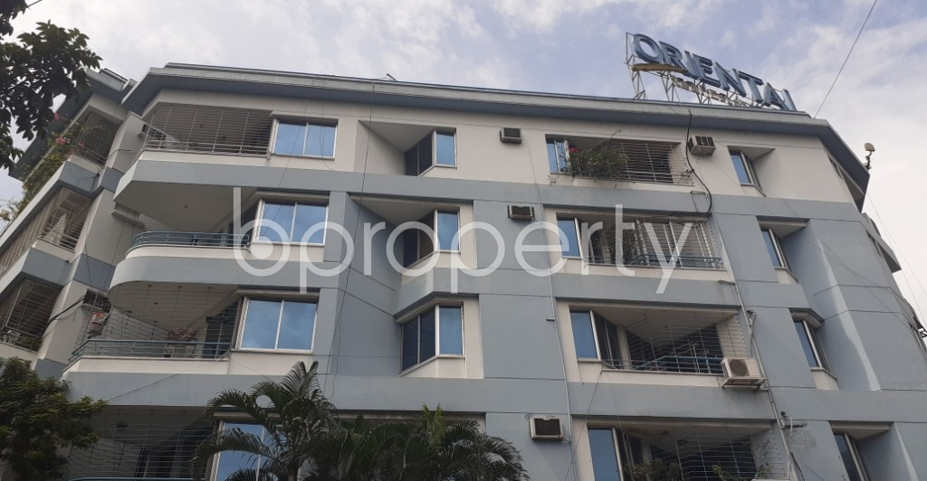 Front view - 3 Bed Apartment to Rent in Dhanmondi, Dhaka - 1930731
