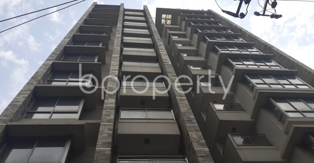 Front view - 4 Bed Apartment to Rent in Gulshan, Dhaka - 1930852