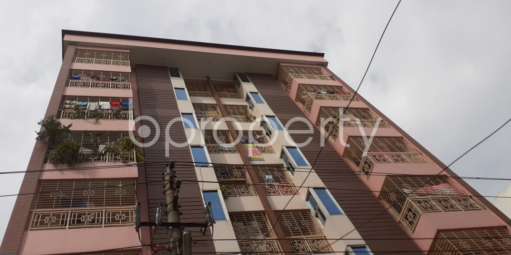 Front view - 3 Bed Apartment to Rent in Bashundhara R-A, Dhaka - 1931030