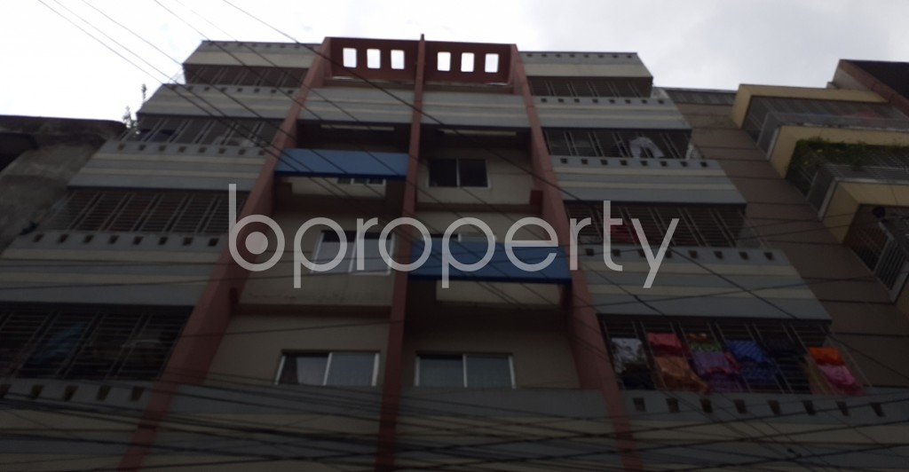 Front view - 3 Bed Apartment to Rent in Mohammadpur, Dhaka - 1931076