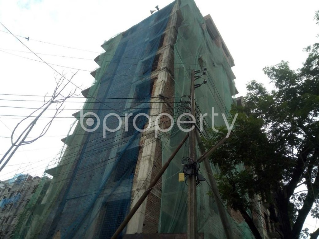 Front view - 3 Bed Apartment for Sale in Bashundhara R-A, Dhaka - 1931079