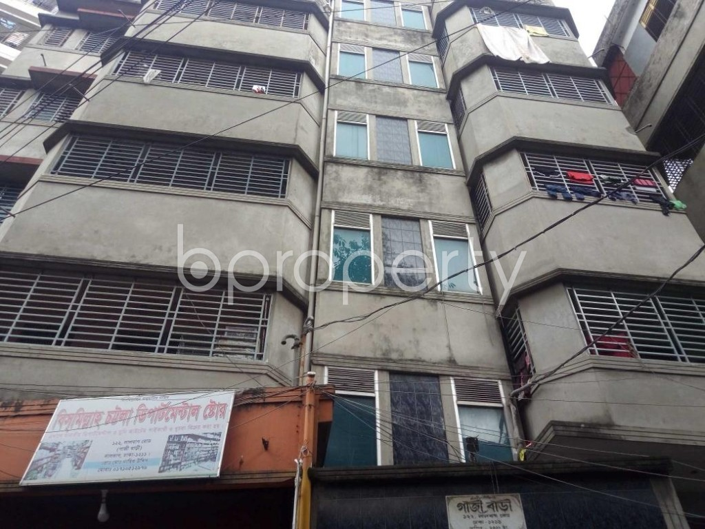 Front view - 3 Bed Apartment to Rent in Lalbagh, Dhaka - 1931321