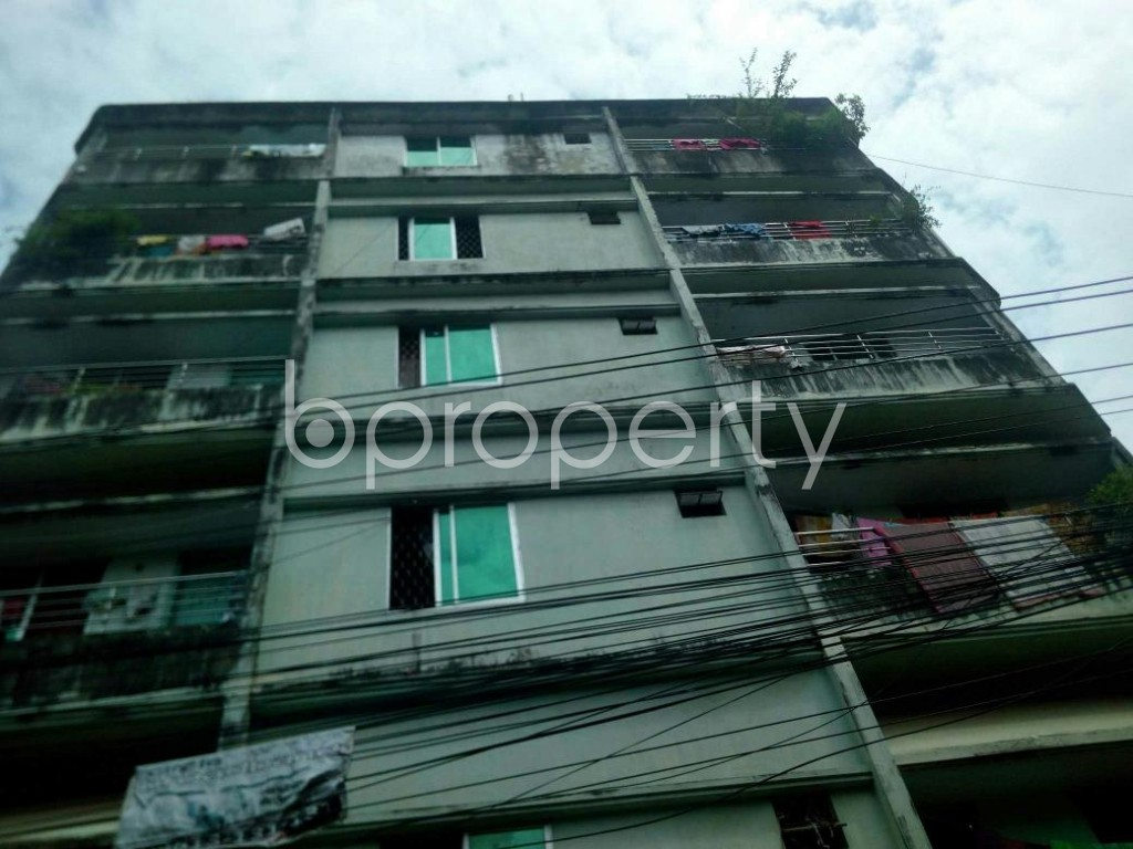 Front view - 2 Bed Apartment to Rent in 16 No. Chawk Bazaar Ward, Chattogram - 1931330