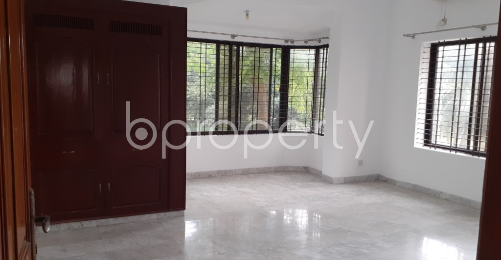 Bedroom - 7 Bed Apartment to Rent in Gulshan, Dhaka - 1920154