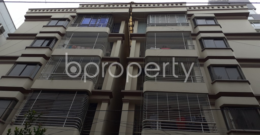 Front view - 4 Bed Apartment to Rent in Gulshan, Dhaka - 1931485