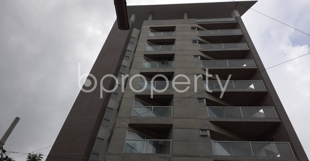 Front view - 3 Bed Apartment to Rent in Gulshan, Dhaka - 1931486