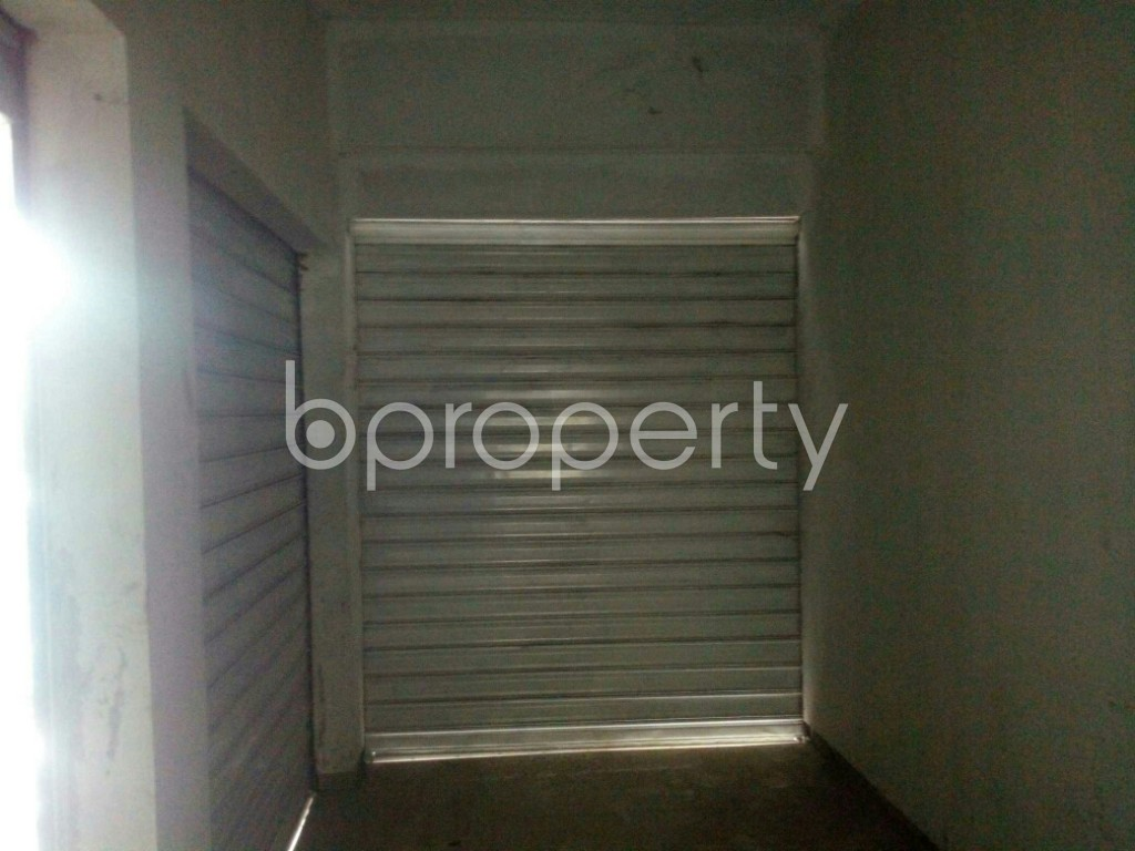 Commercial inside - Shop for Sale in 4 No Chandgaon Ward, Chattogram - 1931490