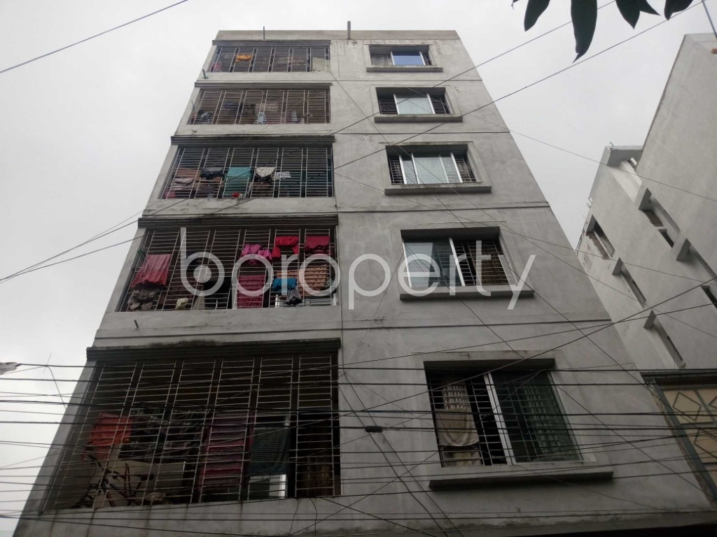 Front view - 3 Bed Apartment to Rent in Mirpur, Dhaka - 1931512