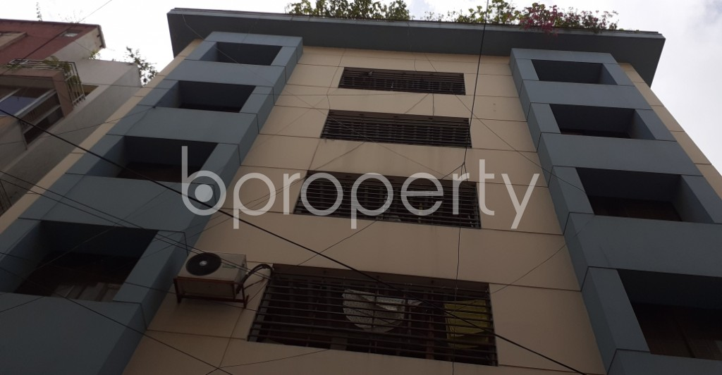 Front view - 3 Bed Apartment to Rent in Gulshan, Dhaka - 1931523
