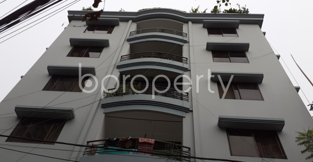 Front view - 3 Bed Apartment to Rent in Gulshan, Dhaka - 1931547