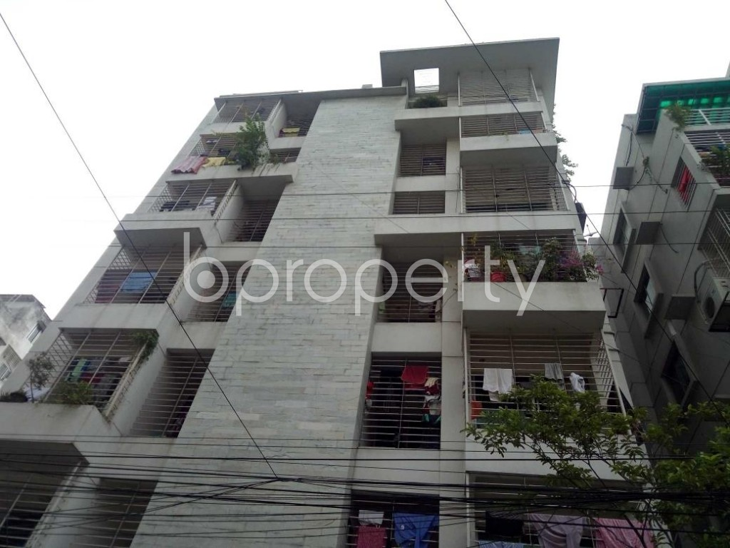 Front view - 3 Bed Apartment to Rent in Bashundhara R-A, Dhaka - 1931630