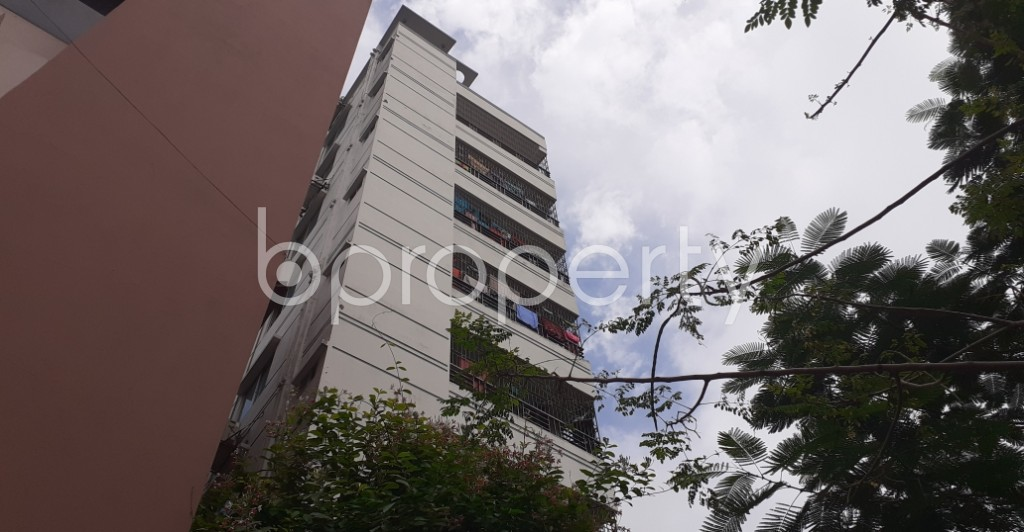 Outside view - 3 Bed Apartment to Rent in Agargaon, Dhaka - 1931680