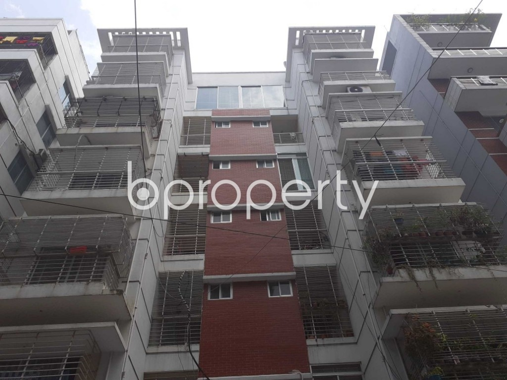 Front view - 3 Bed Apartment for Sale in Bashundhara R-A, Dhaka - 1931921