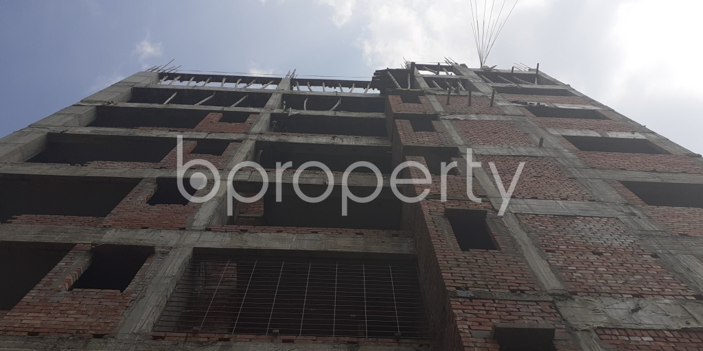 Front view - 3 Bed Apartment for Sale in Bashundhara R-A, Dhaka - 1931971