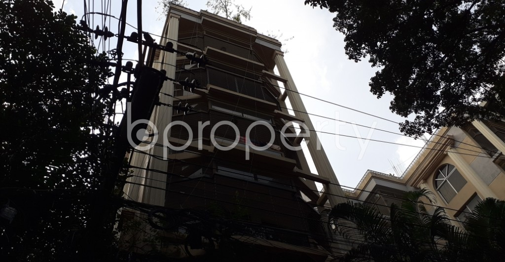 Front view - 3 Bed Apartment for Sale in Gulshan, Dhaka - 1932097