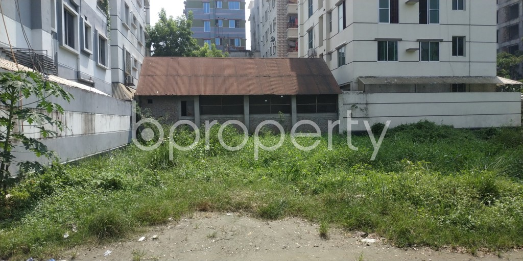 Front view - Plot for Sale in Bashundhara R-A, Dhaka - 1932522