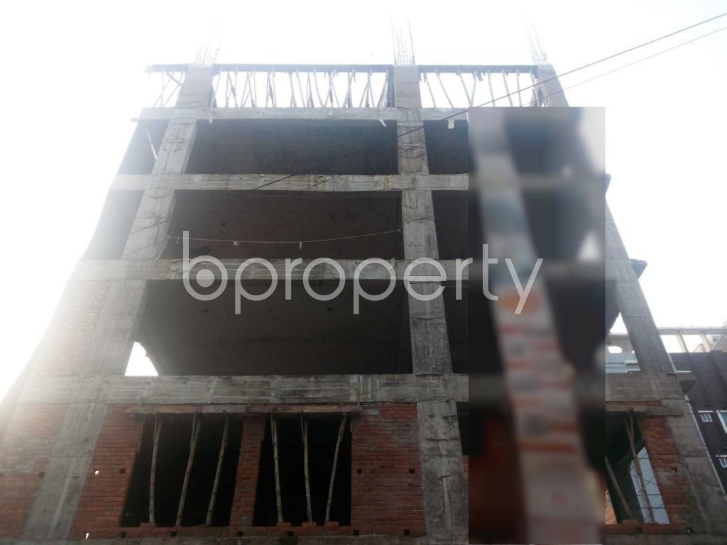 Front view - 3 Bed Apartment for Sale in Aftab Nagar, Dhaka - 1932859