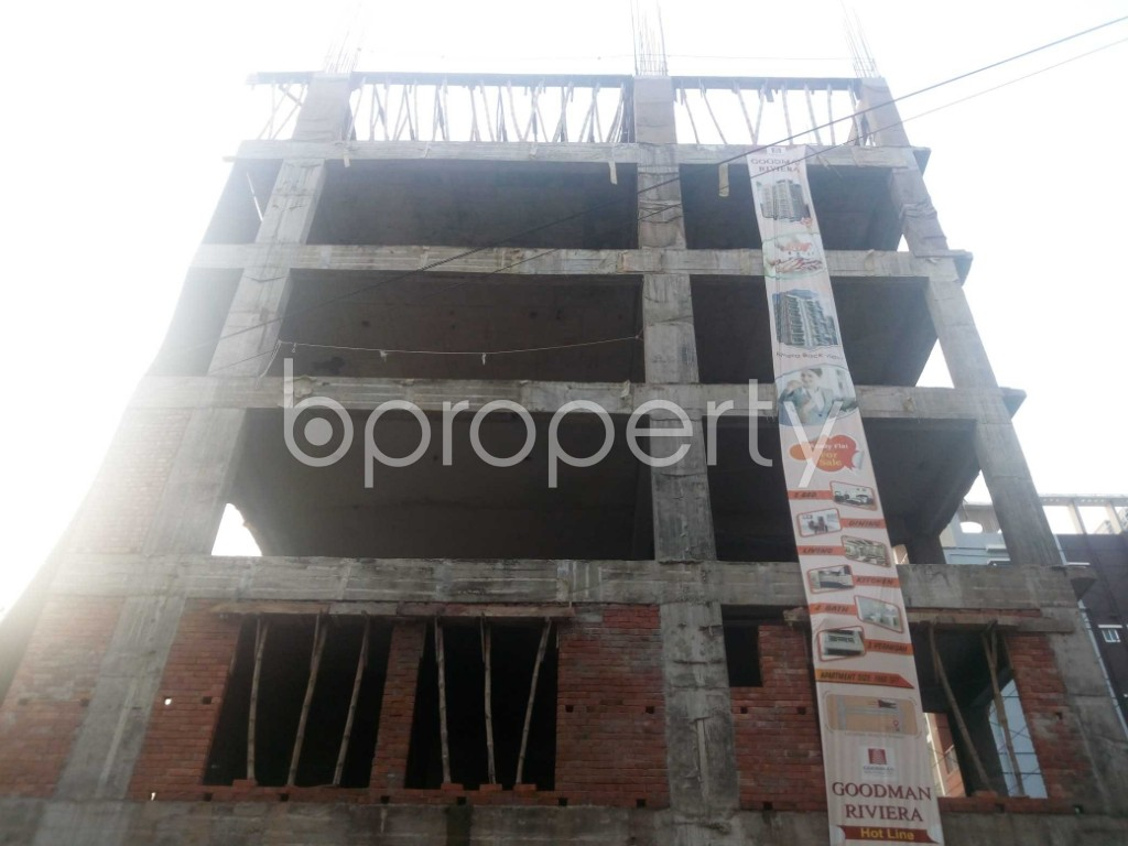 Front view - 3 Bed Apartment for Sale in Aftab Nagar, Dhaka - 1932861