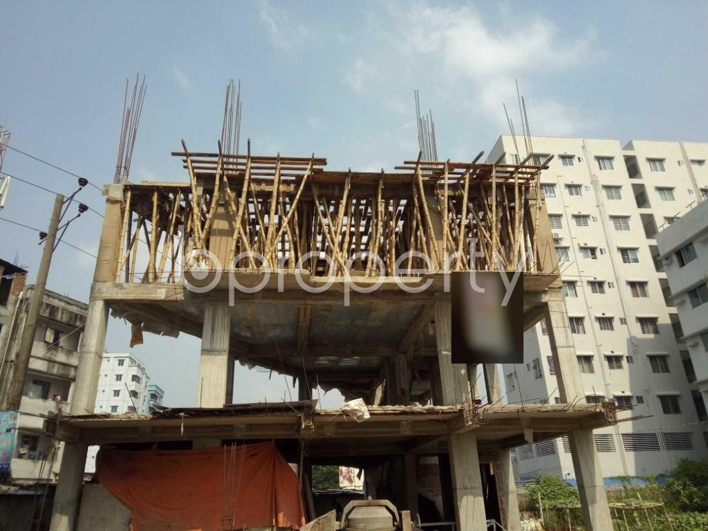 Front view - 3 Bed Apartment for Sale in Bashundhara R-A, Dhaka - 1932997