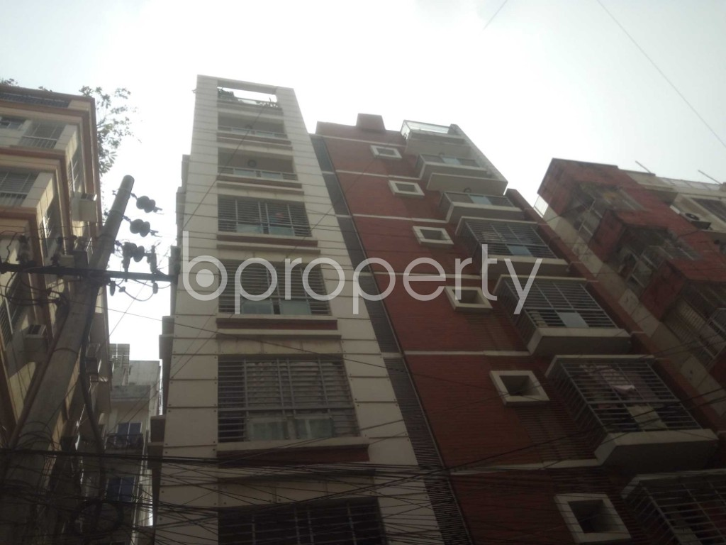 Outside view - 3 Bed Apartment to Rent in Baridhara, Dhaka - 1933615