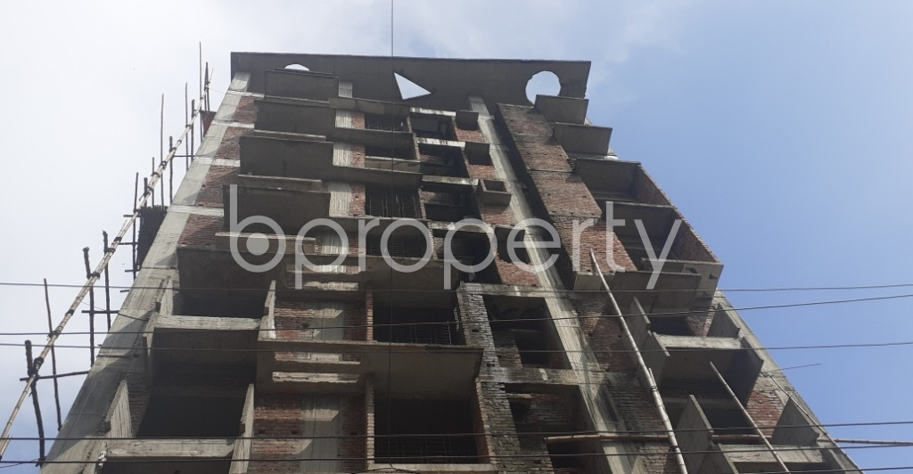 Front view - 3 Bed Apartment for Sale in Bashundhara R-A, Dhaka - 1934149