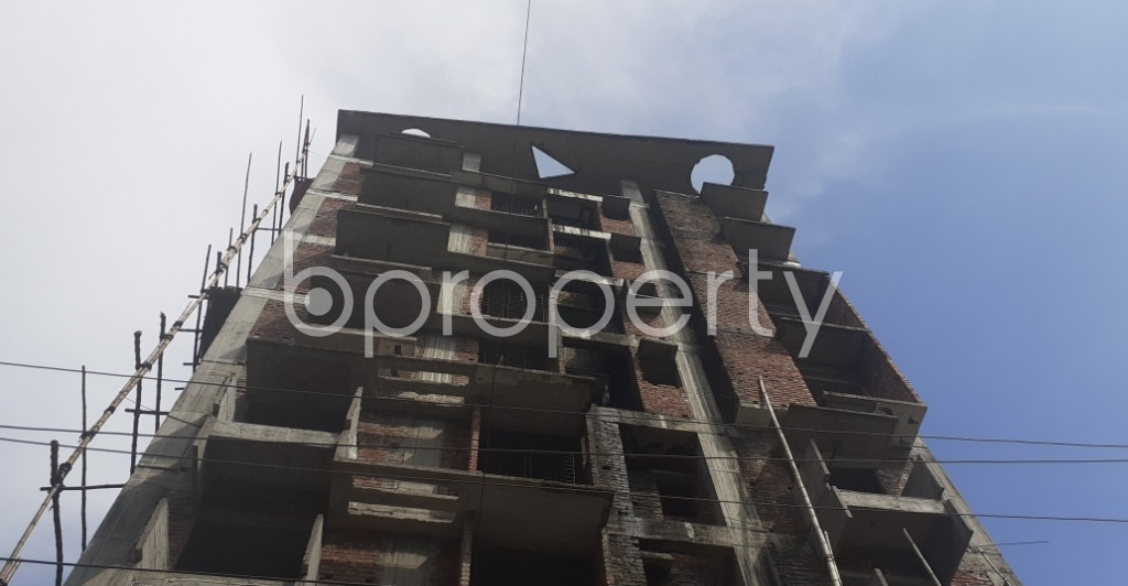 Front view - 3 Bed Apartment for Sale in Bashundhara R-A, Dhaka - 1934150