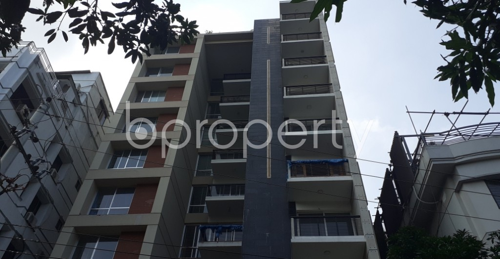 Front view - 4 Bed Apartment for Sale in Gulshan, Dhaka - 1934766