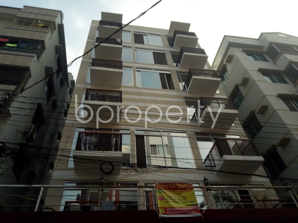 Front view - 3 Bed Apartment for Sale in Bashundhara R-A, Dhaka - 1935685