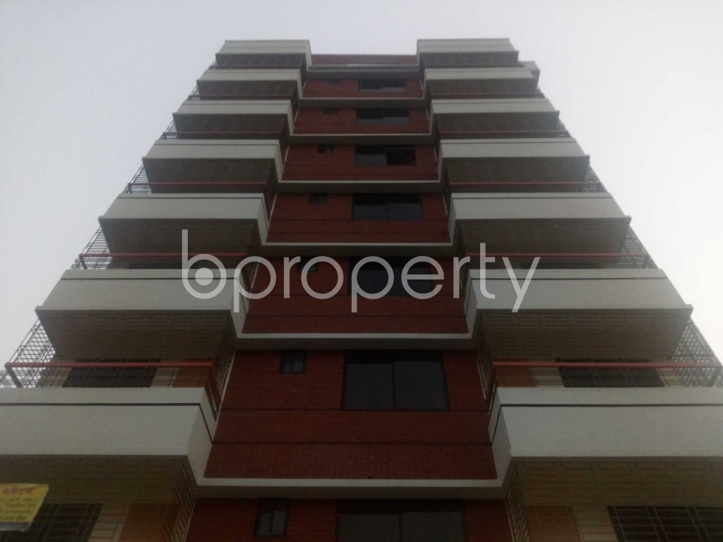 Front view - Office to Rent in Aftab Nagar, Dhaka - 1935755