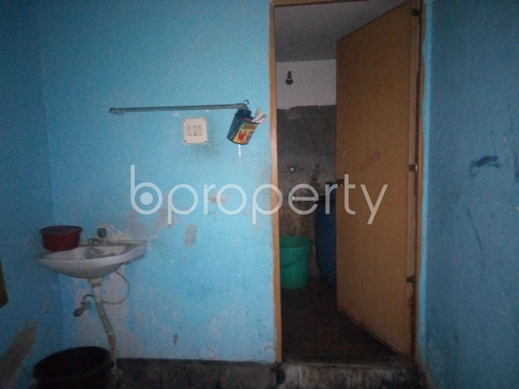 Bathroom - 2 Bed Apartment to Rent in Patenga, Chattogram - 1936566