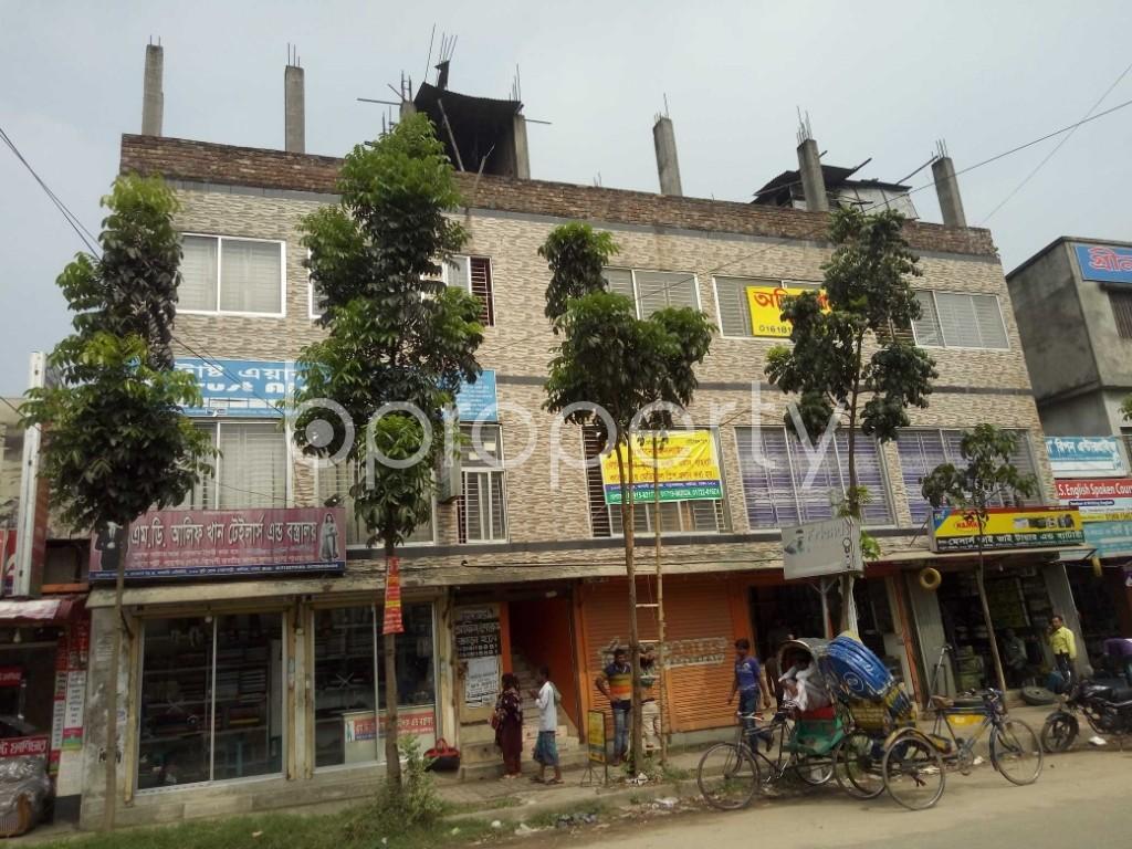 Outside view - Shop to Rent in Badda, Dhaka - 1937028