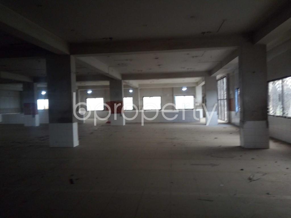 Empty Room - Floor to Rent in Bakalia, Chattogram - 1937214