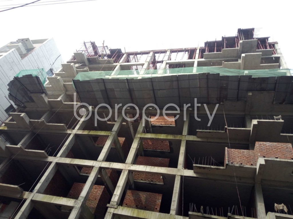 Front view - 3 Bed Apartment for Sale in Bashundhara R-A, Dhaka - 1937236