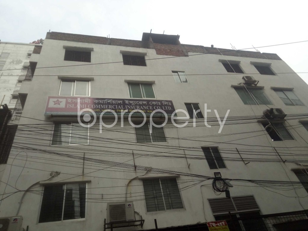 Outside view - 2 Bed Apartment to Rent in Baridhara, Dhaka - 1937515