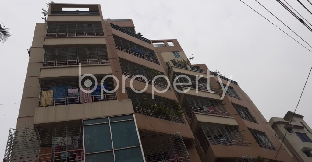 Outside view - 3 Bed Apartment to Rent in Lalmatia, Dhaka - 1937767