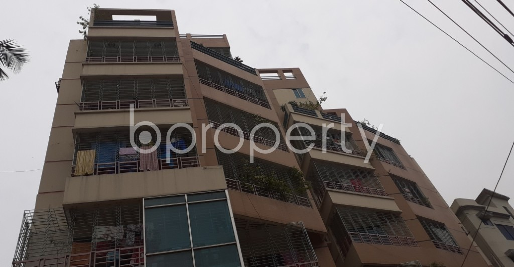 Outside view - 3 Bed Apartment to Rent in Lalmatia, Dhaka - 1937769
