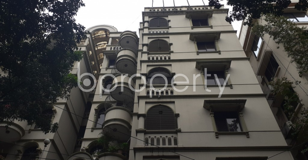 Front view - 5 Bed Duplex to Rent in Gulshan, Dhaka - 1937732