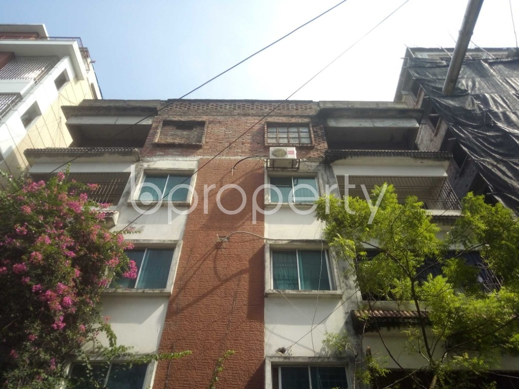 Outside view - 3 Bed Apartment to Rent in Baridhara, Dhaka - 1938756