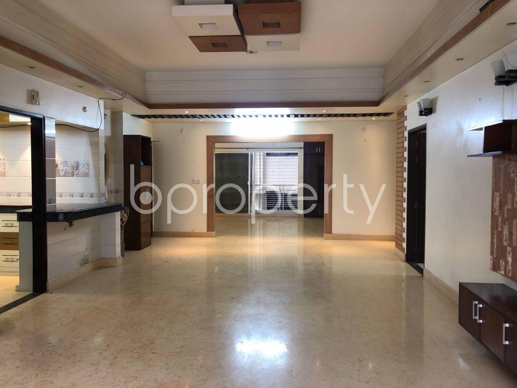 Dining area - 4 Bed Apartment to Rent in Bashundhara R-A, Dhaka - 1909655
