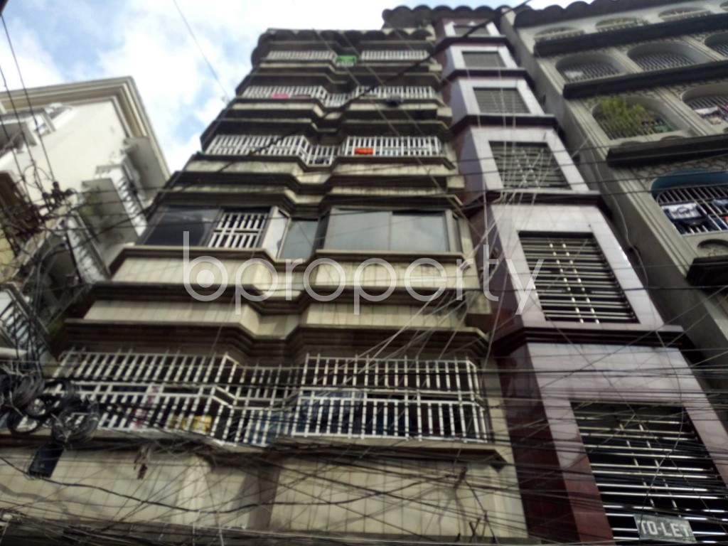 Front view - 3 Bed Apartment to Rent in Lalbagh, Dhaka - 1939200