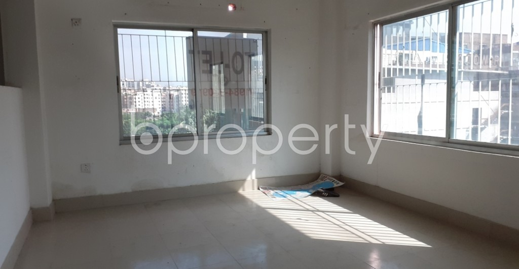 Commercial inside - Office to Rent in Gulshan, Dhaka - 1939497