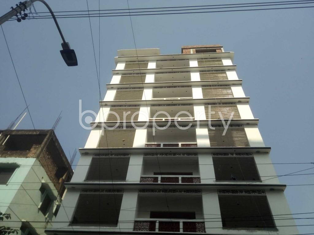 Front view - 3 Bed Apartment to Rent in Baridhara, Dhaka - 1939771