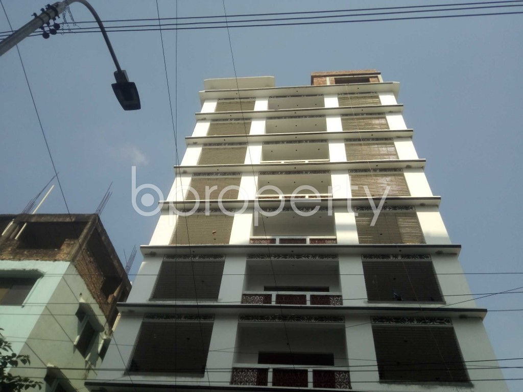 Front view - 3 Bed Apartment to Rent in Baridhara, Dhaka - 1939772
