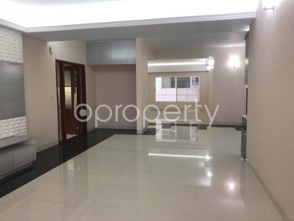 Dining area - 4 Bed Apartment for Sale in Bashundhara R-A, Dhaka - 1805920
