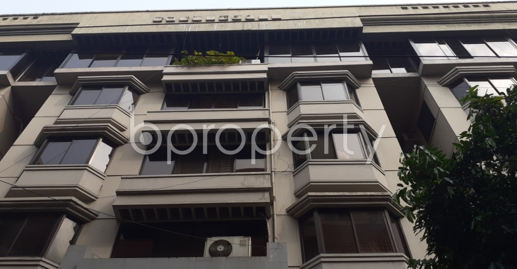 Front view - 3 Bed Apartment to Rent in Gulshan, Dhaka - 1939622